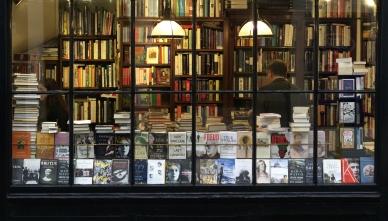 books-bookshop-bookstore-626986